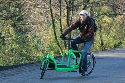 Das neue Essener Lastenrad ELA auf dem neuen Radschnellweg RS1